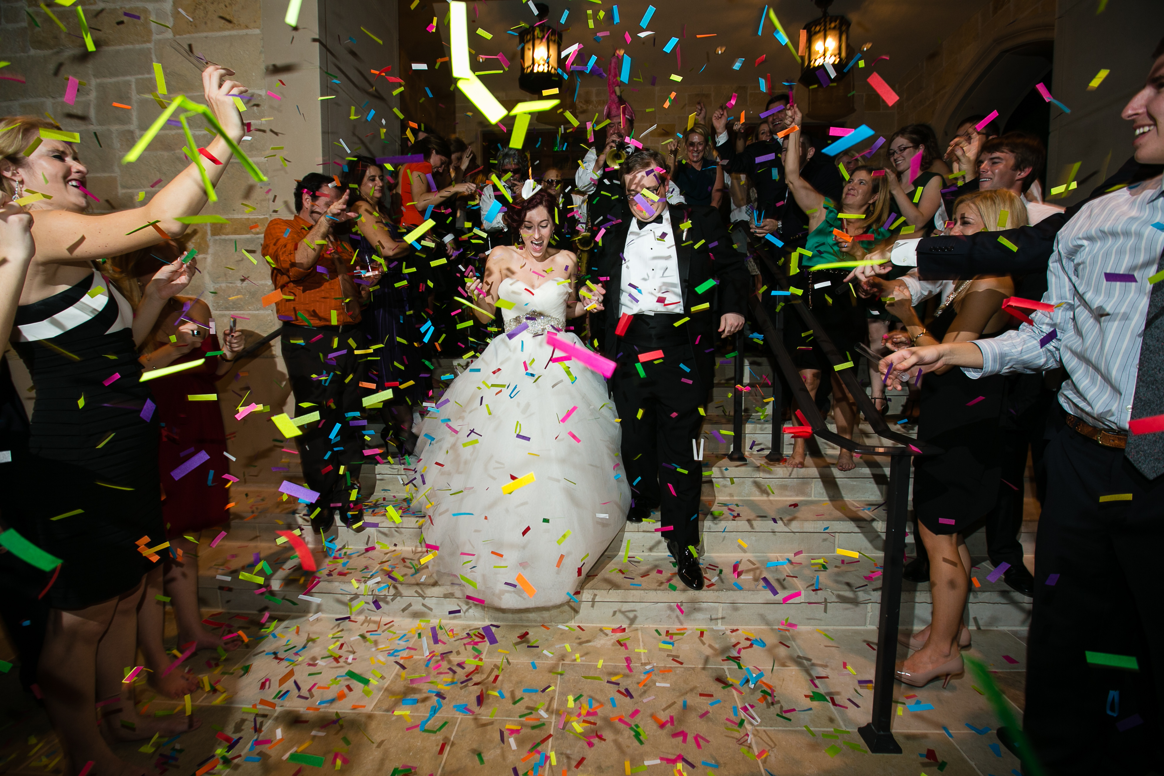 Confetti Canon Wedding New Years Eve party colored white gold silver confetti 0735-sam+stewert